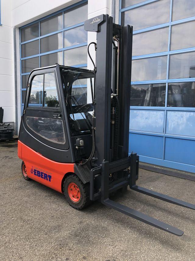 Linde-E 20/600-02-Elektro 4 Rad-Stapler-www.staplerservice-ebert.de