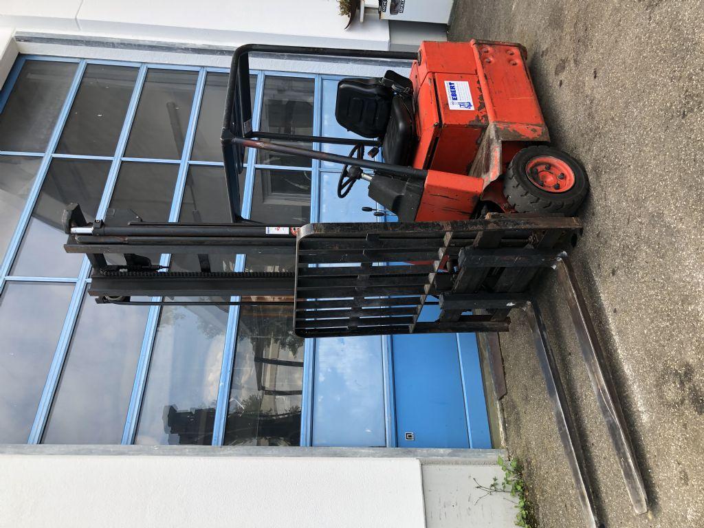 Linde-E14-Elektro 3 Rad-Stapler-www.staplerservice-ebert.de