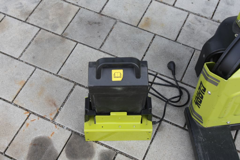Clark-WPio12-Niederhubwagen-www.eckl-stapler.de