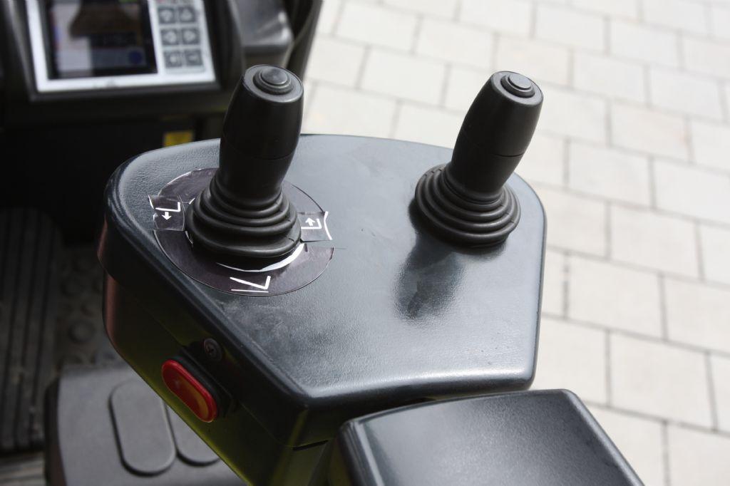 Clark-GTX18-Elektro 3 Rad-Stapler-www.eckl-stapler.de