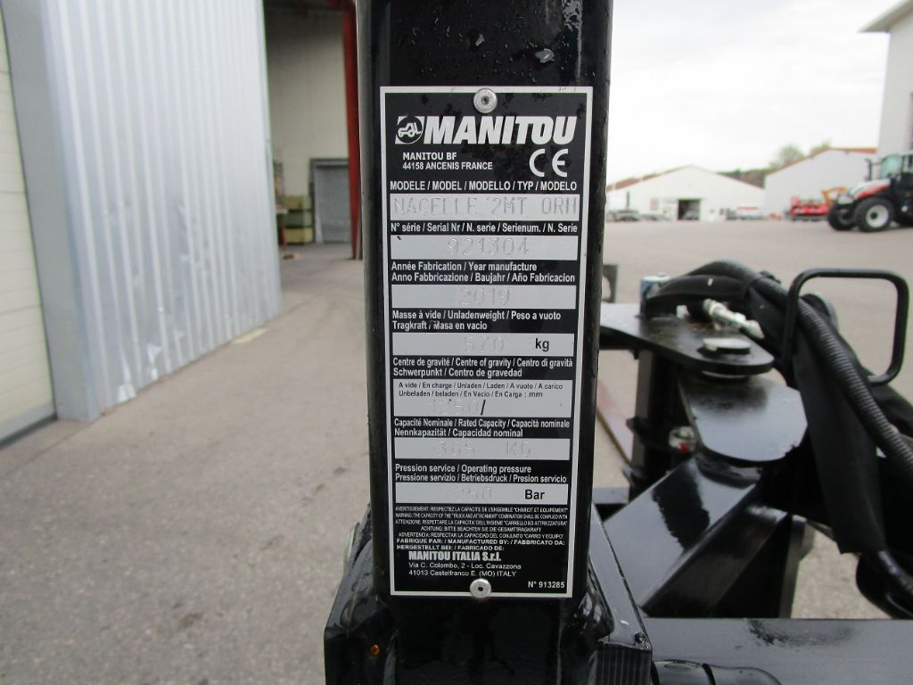 Manitou Bühne schwenkbar ORH Zubehör www.eder-stapler.de