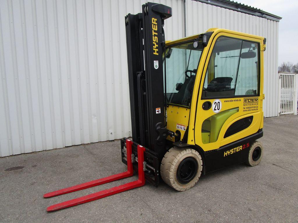 Hyster J 2.5XN Elektro 4 Rad-Stapler www.eder-stapler.de