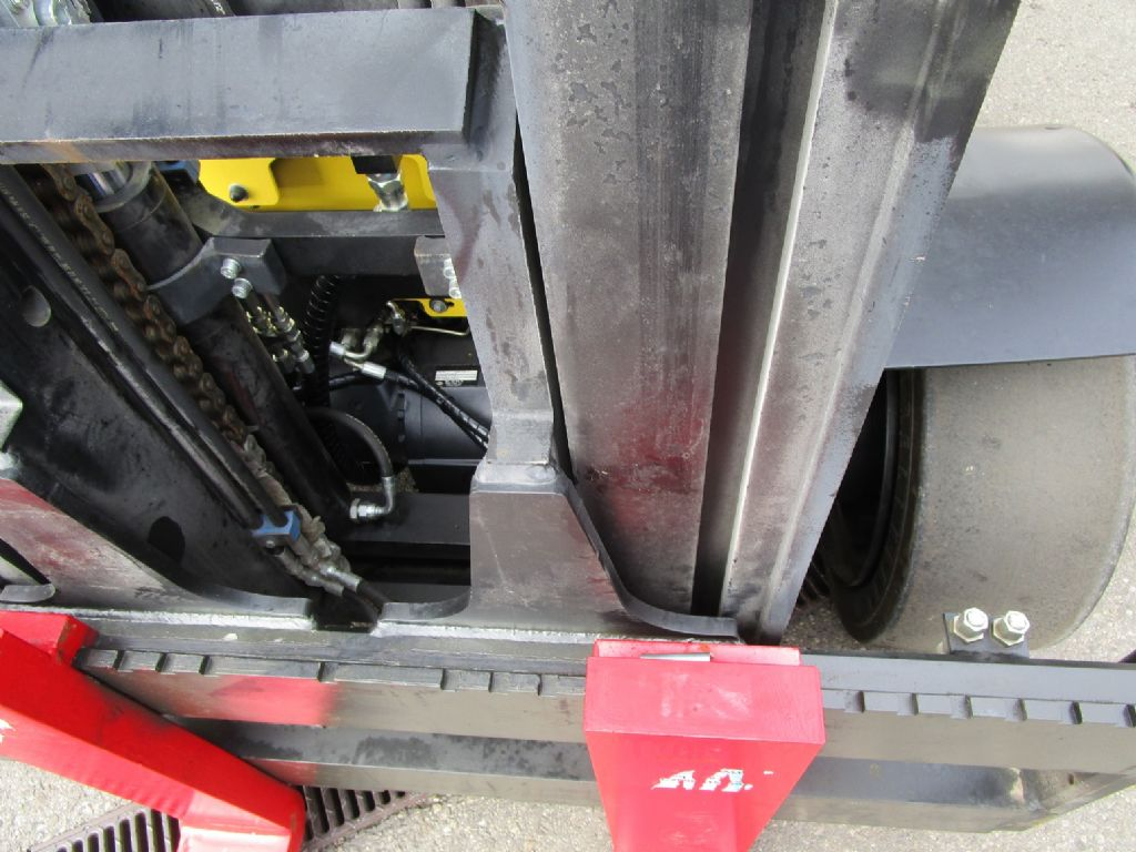 Hyster H 8.0FT-9 containerfähig Dieselstapler www.eder-stapler.de