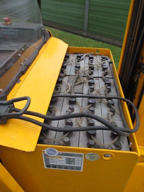 Jungheinrich-ETV 214-Schubmaststapler-www.efken-stapler.de