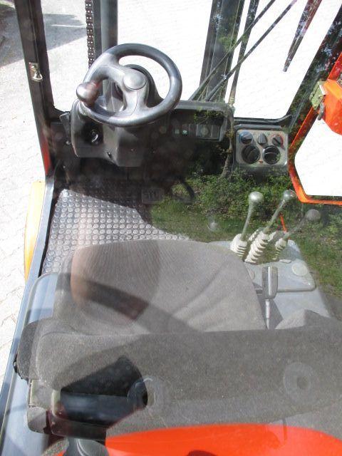 Linde-H30D-03-Dieselstapler-www.efken-stapler.de