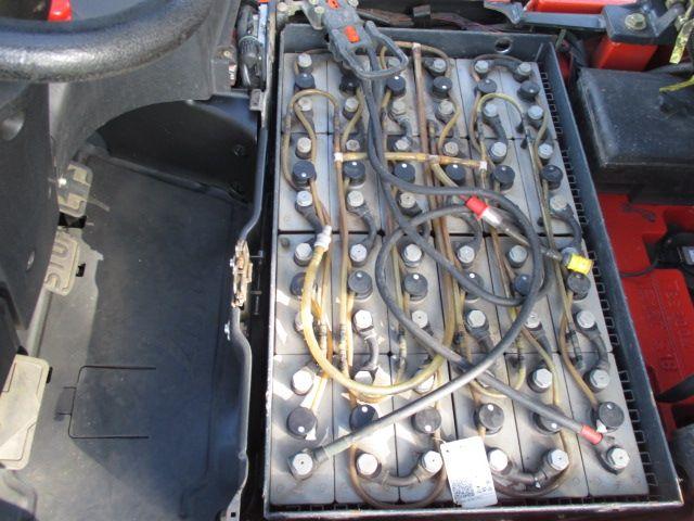 Linde-E16C-01-Elektro 3 Rad-Stapler-www.efken-stapler.de