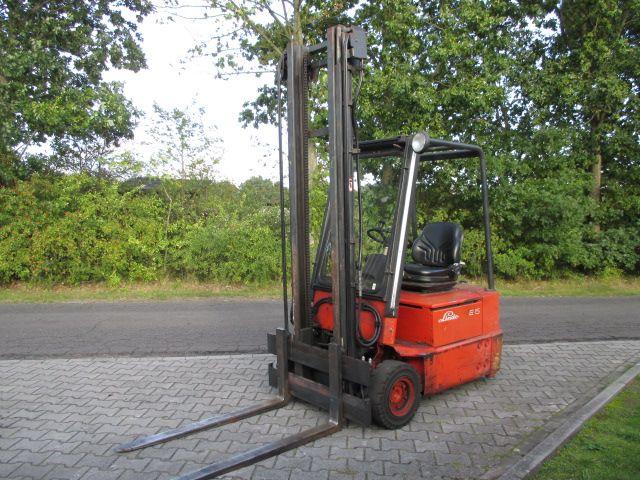 Linde-E15-Elektro 3 Rad-Stapler-www.efken-stapler.de