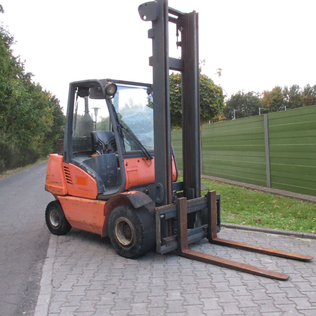 Steinbock-CD 30-Dieselstapler-www.efken-stapler.de