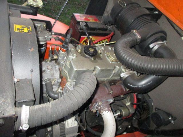 Mastexplorer-H33DA 2WD-Geländestapler-www.efken-stapler.de