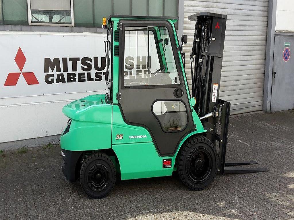 Mitsubishi-FD35N-Dieselstapler www.ehlers-stapler.de