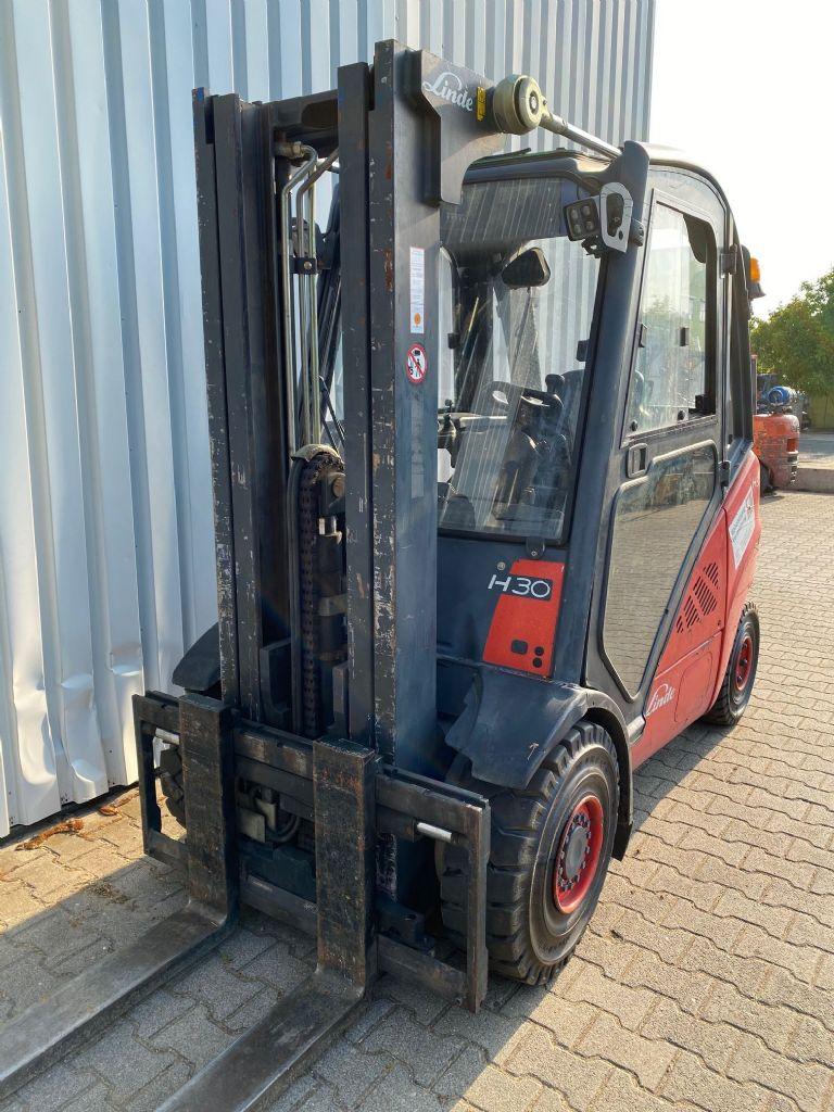 Linde-H30D-01-Dieselstapler www.ehlers-stapler.de