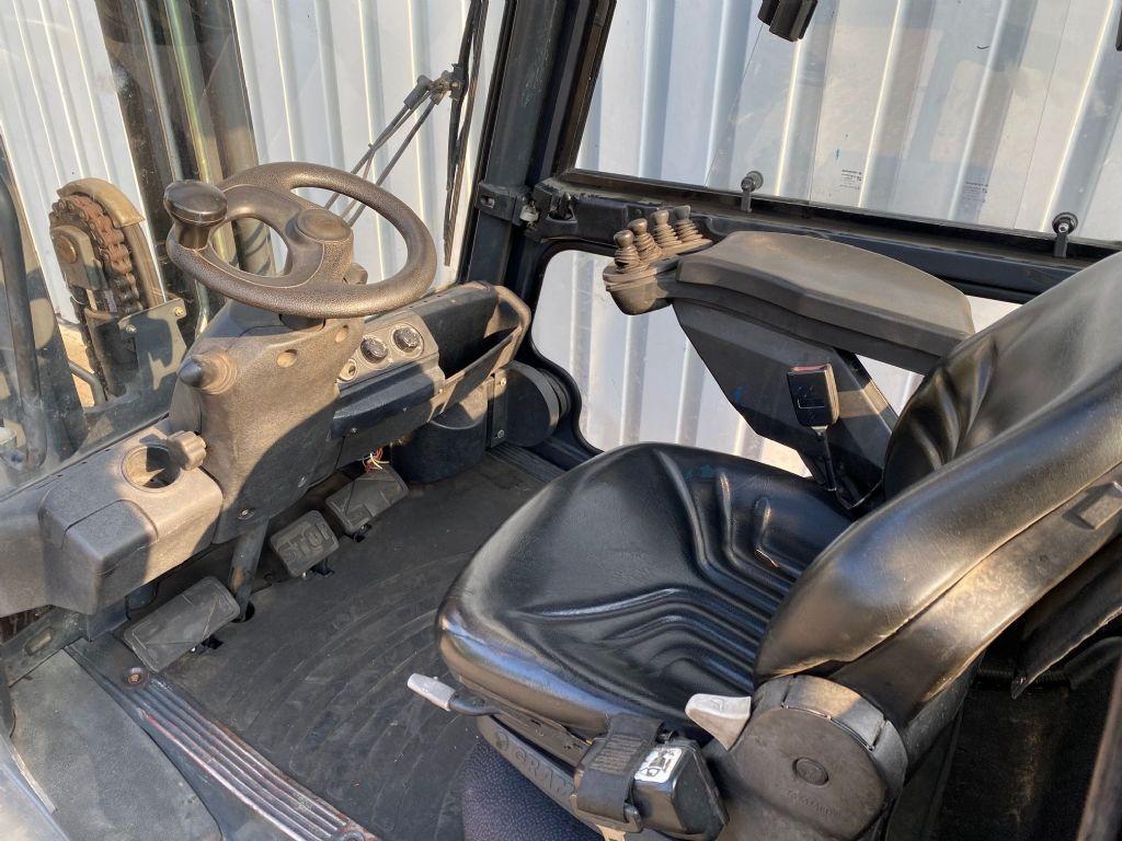 Linde-H30D-01-Dieselstapler-www.ehlers-stapler.de