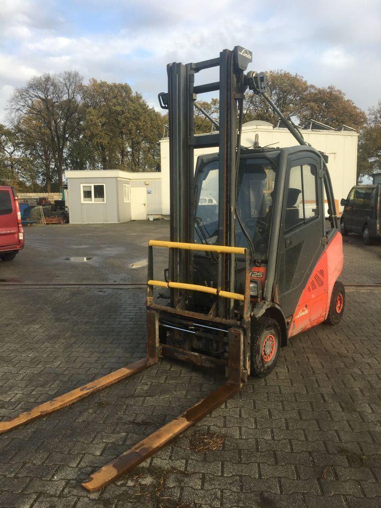 Linde-H25D-01-Dieselstapler-http://www.emslift.de