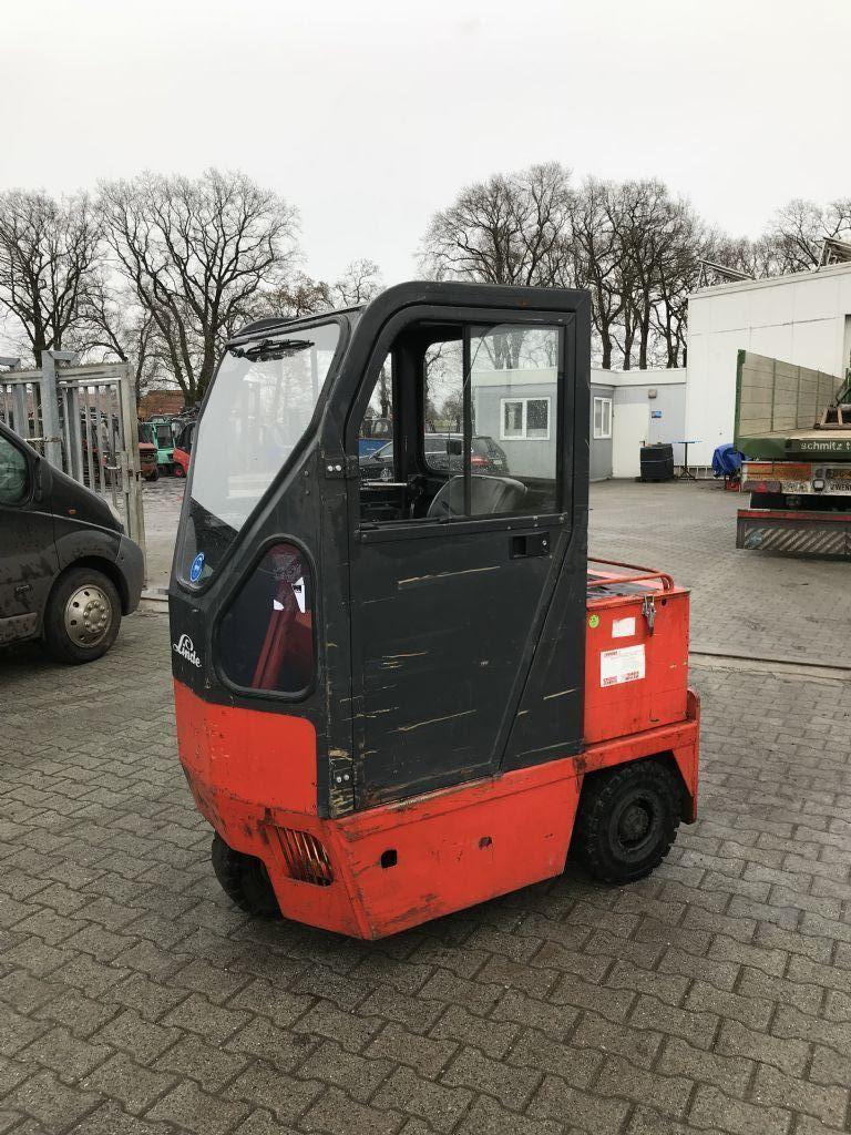 Linde-P 100 Z-Schlepper-http://www.emslift.de