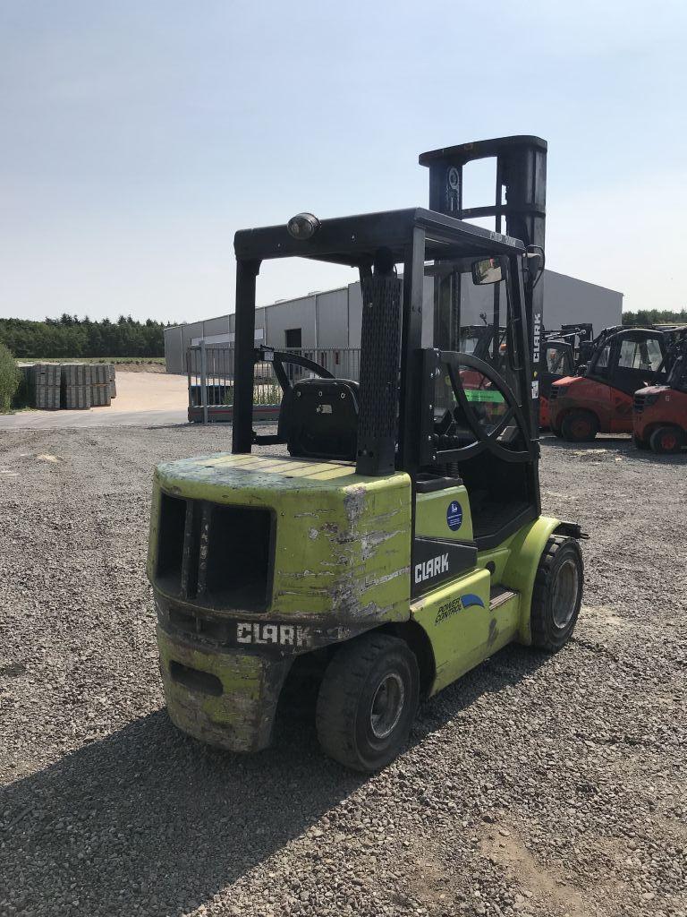 Clark-CDP 30 H-Dieselstapler-http://www.emslift.de