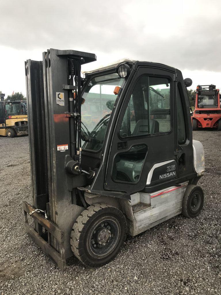 Nissan-Y1D2A25Q-Dieselstapler-http://www.emslift.de