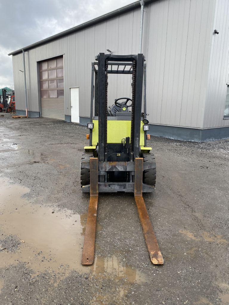 Clark-CDP 30-Dieselstapler-http://www.emslift.de