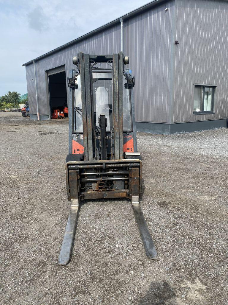 Linde H25D-02 Diesel Forklift www.emslift.de