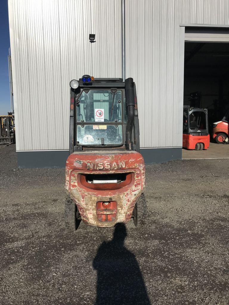 Nissan-FDO2A25-Dieselstapler-http://www.emslift.de