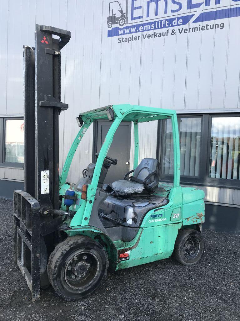 Mitsubishi-FD 30N-Dieselstapler-http://www.emslift.de
