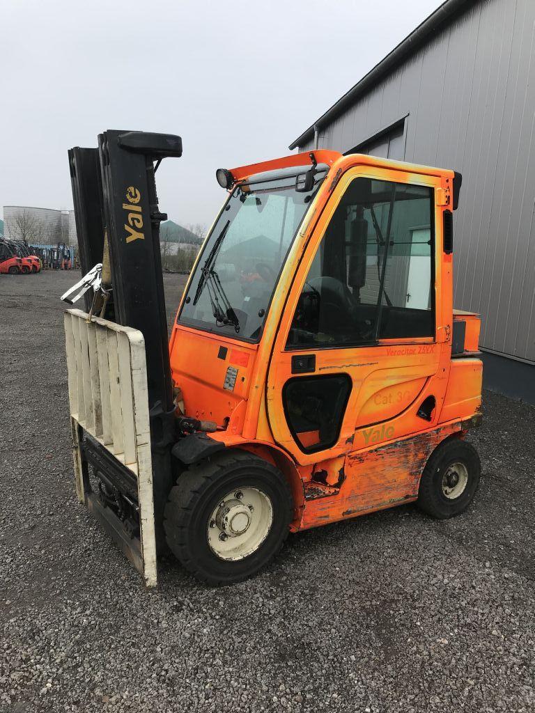 Yale-GDP25VX-Dieselstapler-http://www.emslift.de