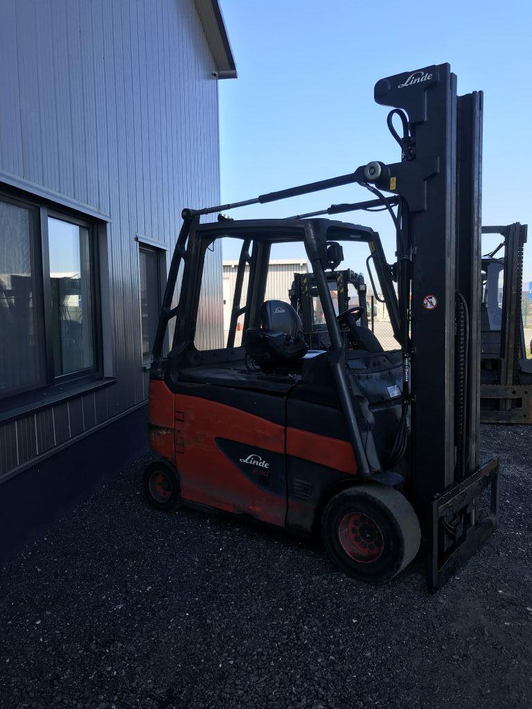 Linde-E30HL-01/600-Elektro 4 Rad-Stapler-http://www.emslift.de