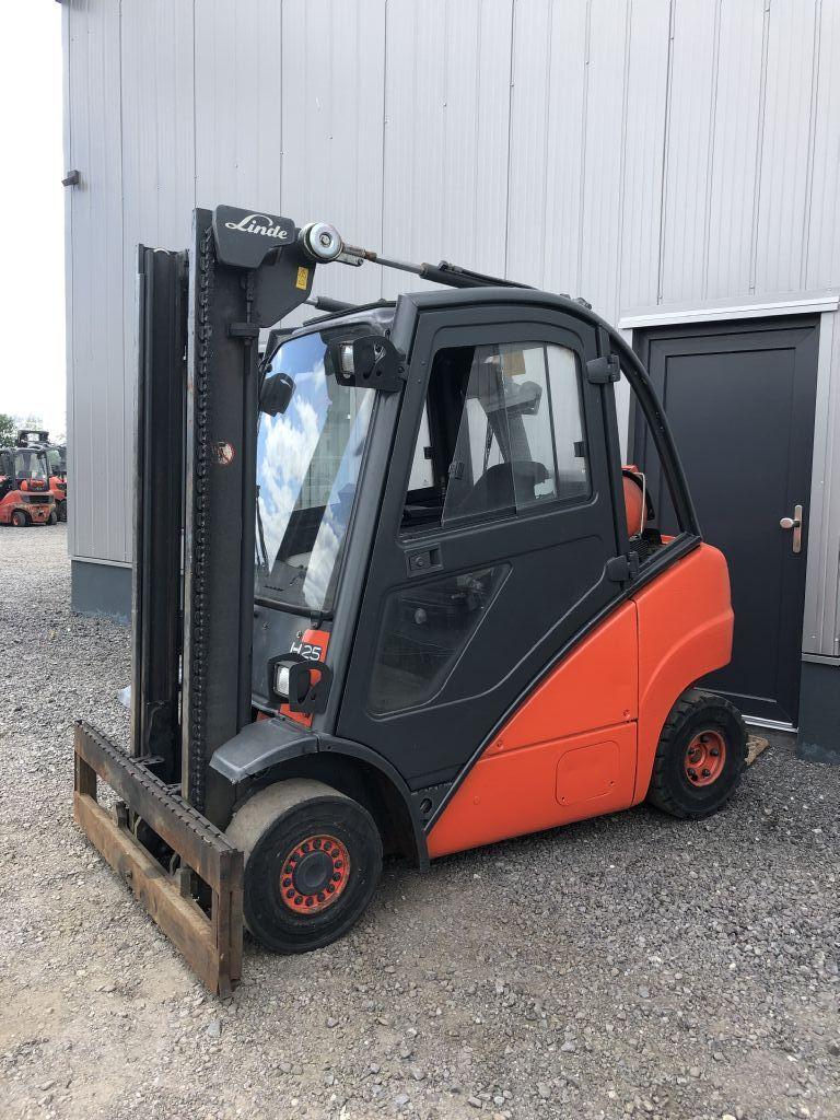 Linde-H25T-Dieselstapler-http://www.emslift.de