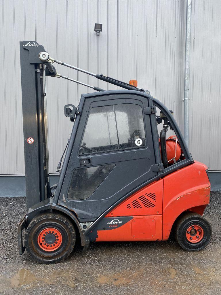 Linde-H25T-02/600-Treibgasstapler-http://www.emslift.de