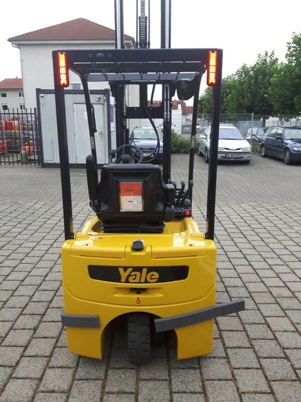 Yale-ERP 15 VC-Elektro 3 Rad-Stapler-www.eo-stapler.de