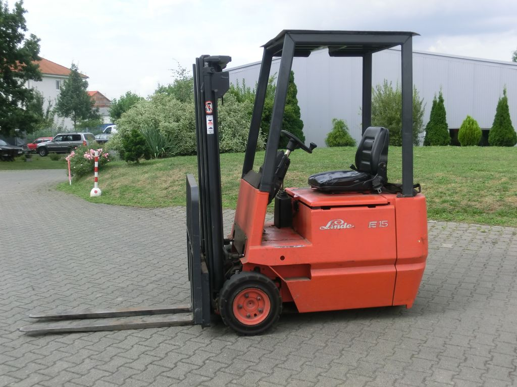 Linde-E15C-Elektro 3 Rad-Stapler-www.eo-stapler.de