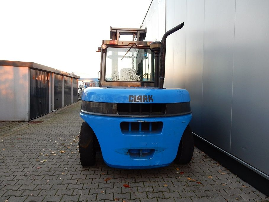 Clark-C80D-Dieselstapler-www.eundw.com