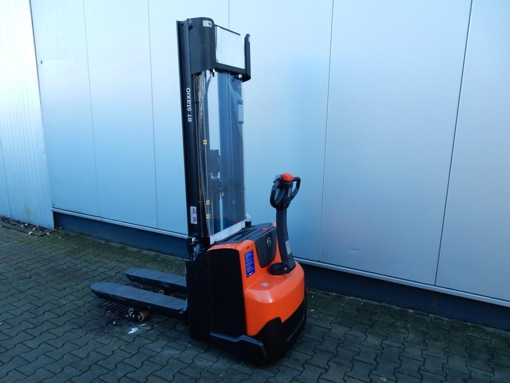 BT-SWE140L-Hochhubwagen-www.eundw.com