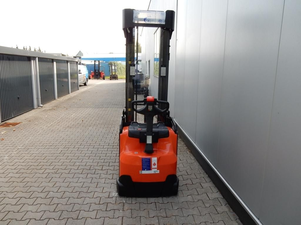 BT-SWE160L-Hochhubwagen-www.eundw.com