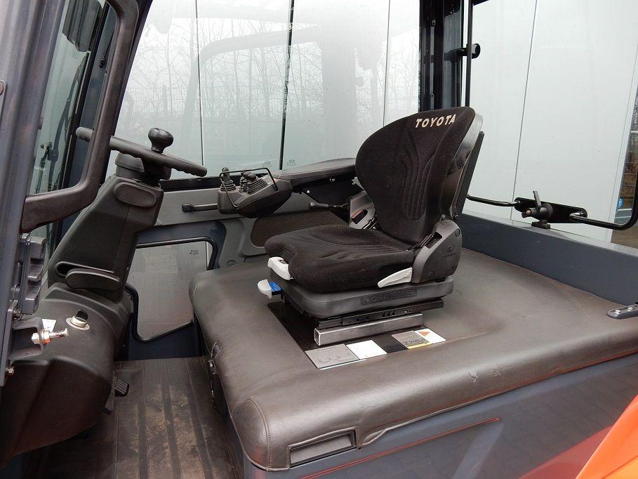 Toyota-8FBMT50-Elektro 4 Rad-Stapler-www.eundw.com