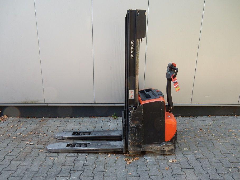BT-SWE140-Deichselstapler-www.eundw.com