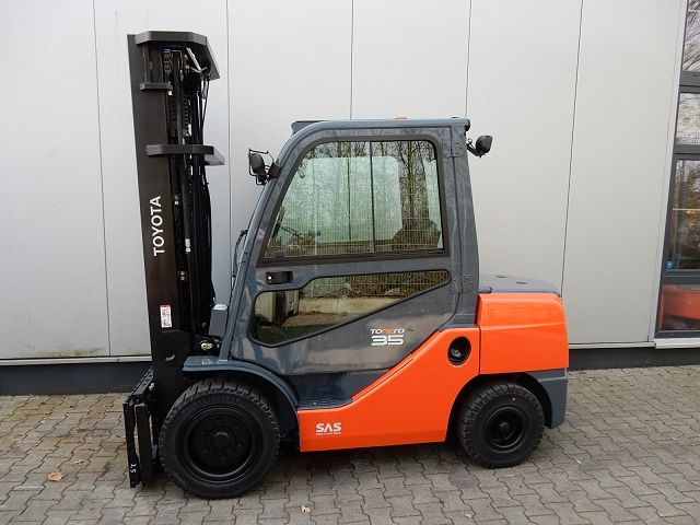 Toyota-52-8FDJF35-Dieselstapler-www.eundw.com