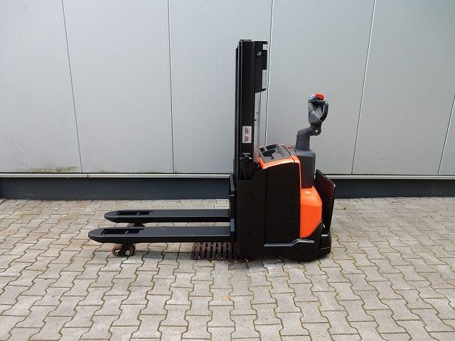BT-SWE200D-Doppelstockstapler-www.eundw.com