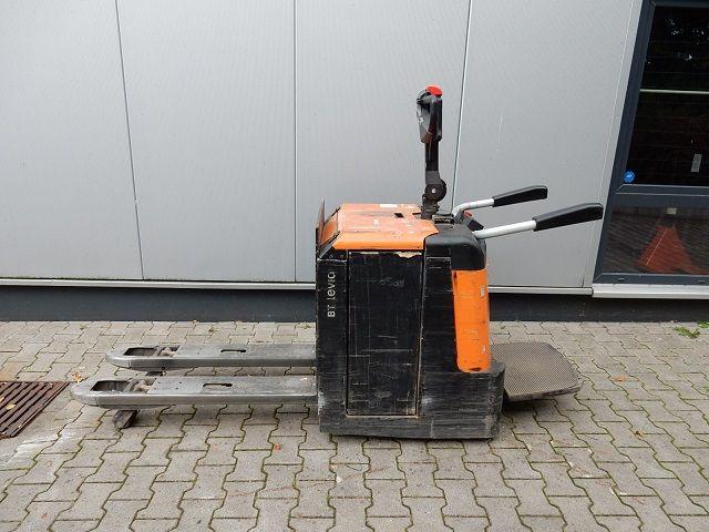 BT-LPE240-Niederhubwagen-www.eundw.com