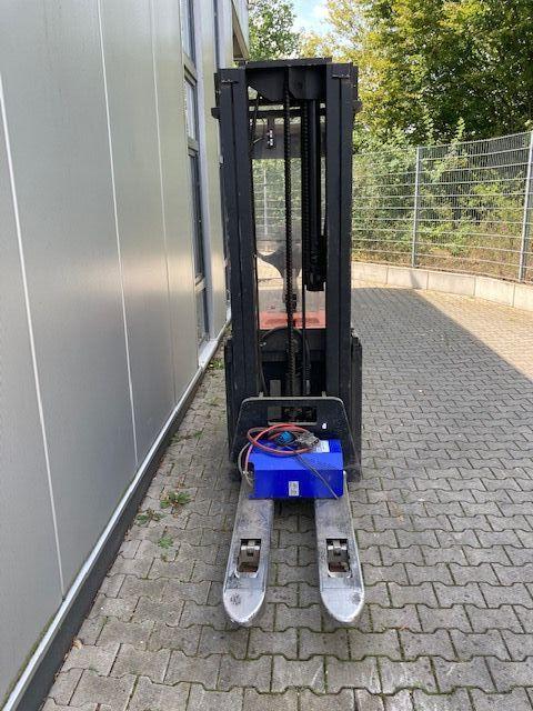 BT-SPE160L-Hochhubwagen-www.eundw.com