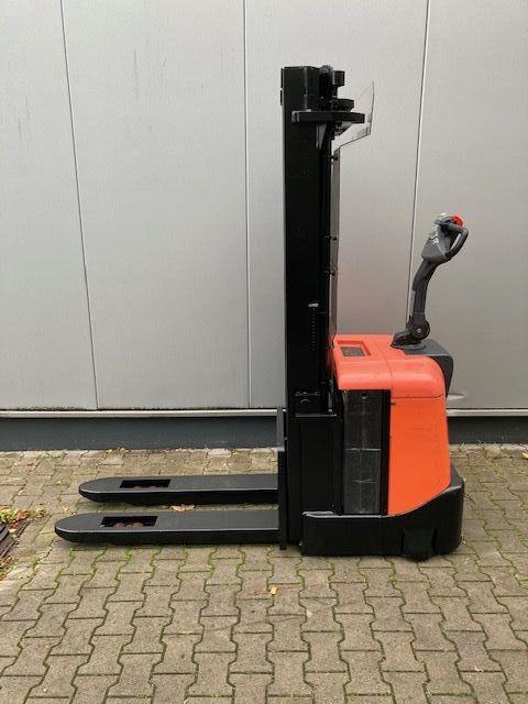 BT-SPE160-Hochhubwagen-www.eundw.com