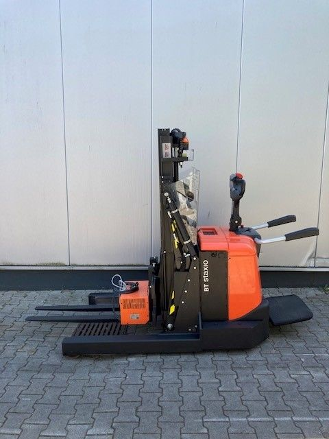 BT-SPE120XRD-Schubmaststapler-www.eundw.com