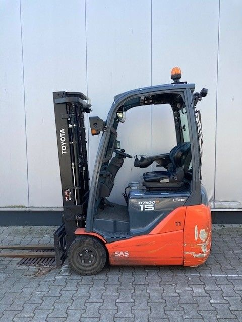 Toyota-8FBET15-Elektro 3 Rad-Stapler-www.eundw.com