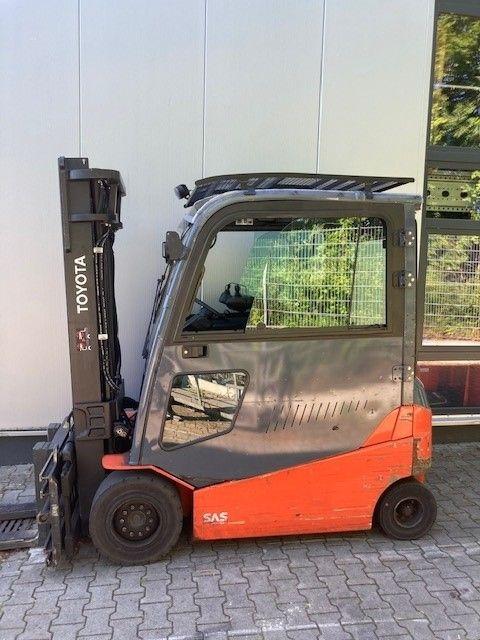 Toyota-8FBMT35-Elektro 4 Rad-Stapler-www.eundw.com
