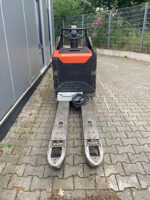 BT-LPE200, GL 1590 mm-Niederhubwagen-www.eundw.com