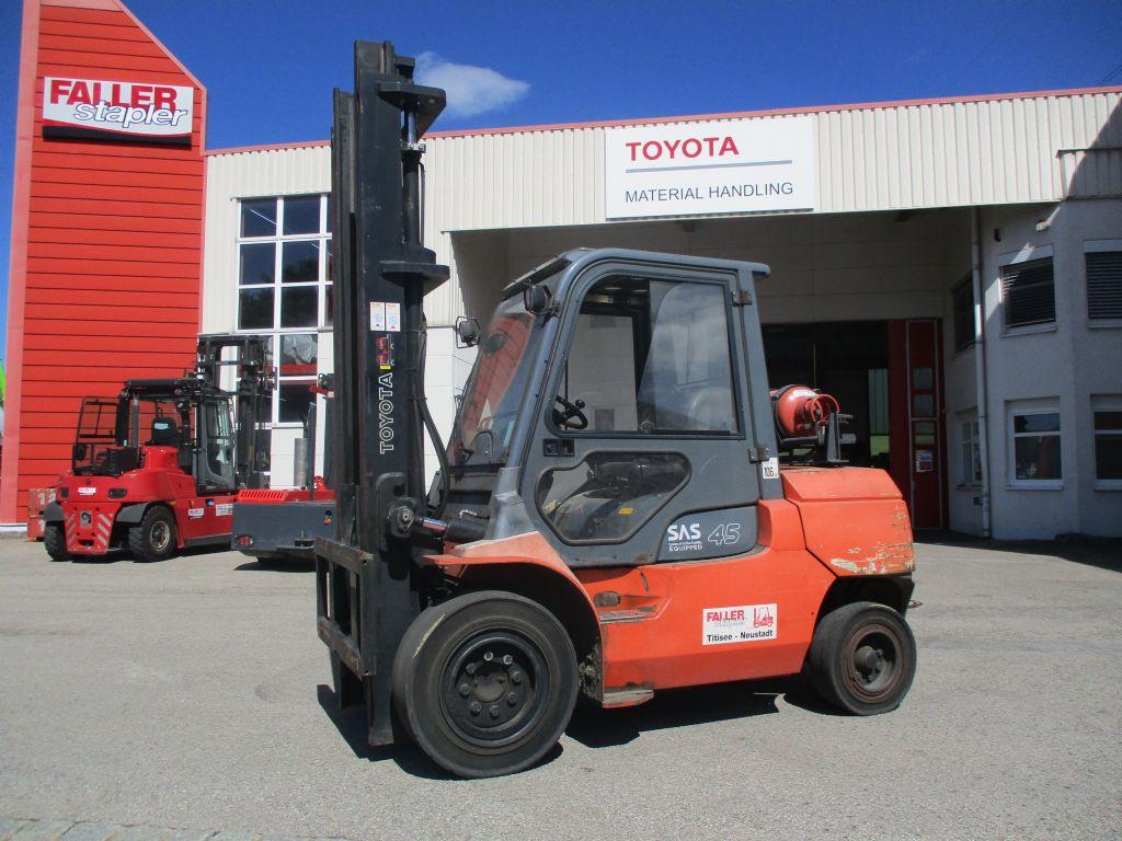 Toyota 02-7FG40 Treibgasstapler www.faller-stapler.de