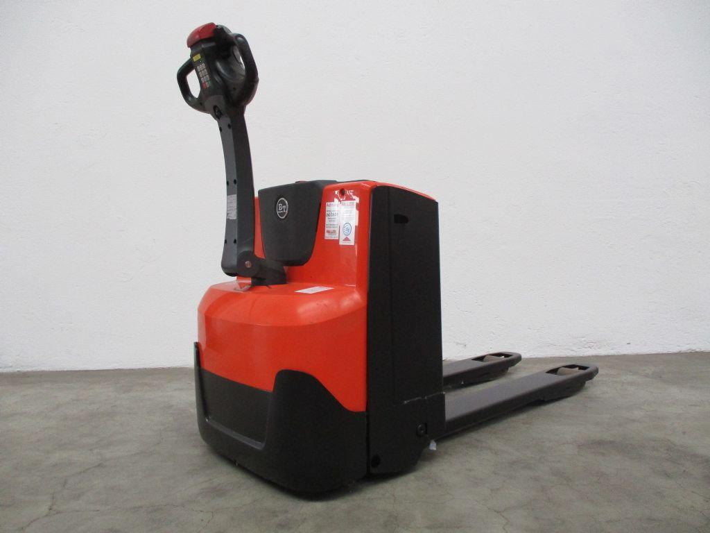 BT LWE160 Niederhubwagen www.faller-stapler.de