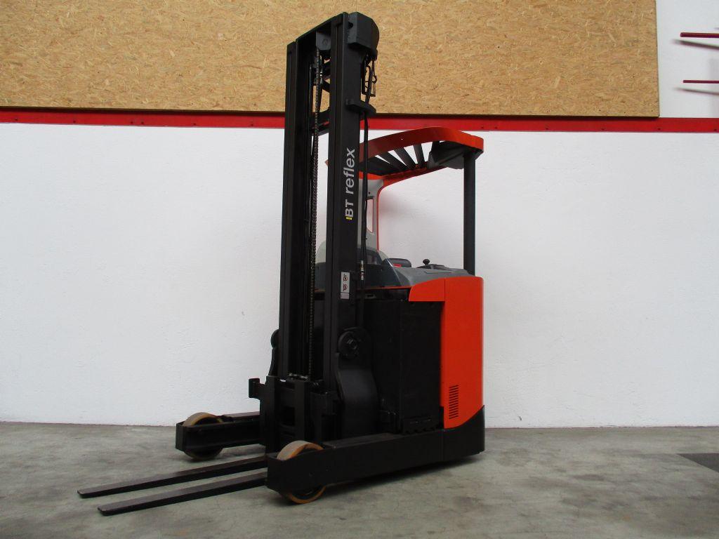 BT RRE160 Elektro-Schubmaststapler www.faller-stapler.de