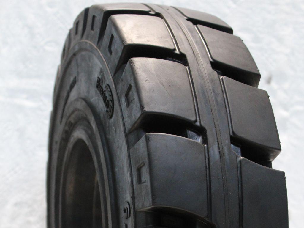 Emrald-15x41/2-8 mit Haltenase-Reifen, Räder und Felgen-www.fapco-germany.de