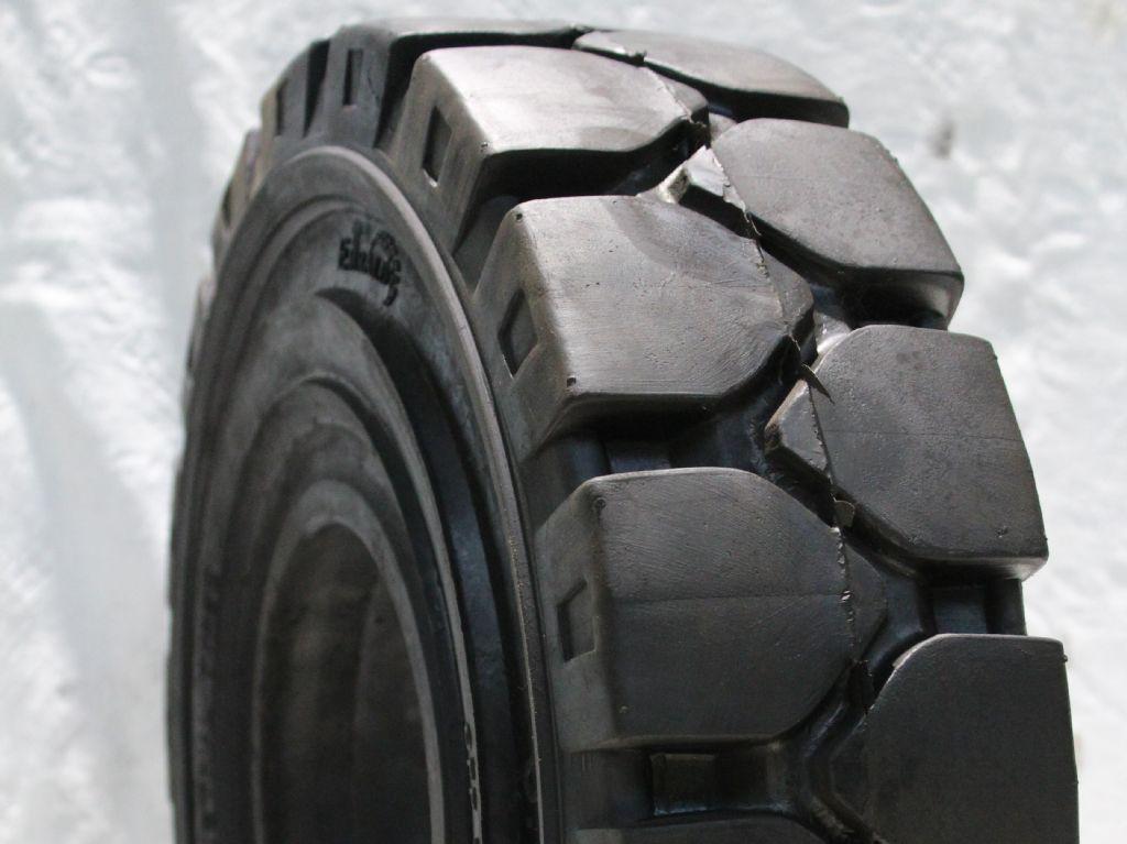 Emrald-18x7-8 ohne Haltenase-Reifen, Räder und Felgen-www.fapco-germany.de