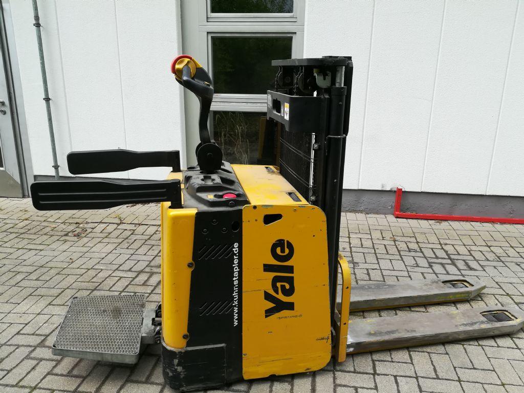 Yale-MP20XD-Doppelstockstapler www.ffb-gabelstapler.de